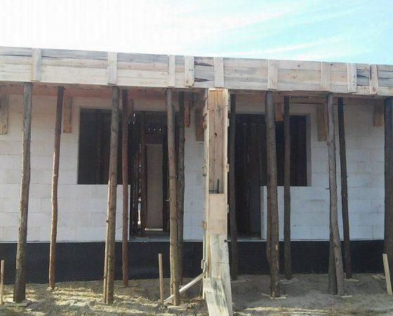 Praca na budowie – STAN SUROWY
